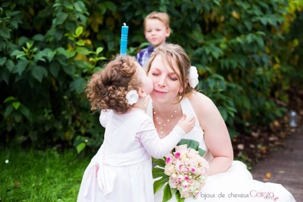 "Delphine & sa fille : fleur bijou de coiffure ""Pivoine"""