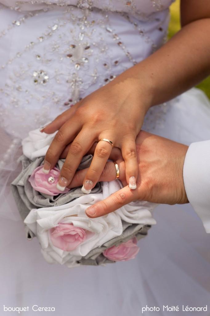 mariage romantique bouquet mariee original cereza deco rose gris blanc 11