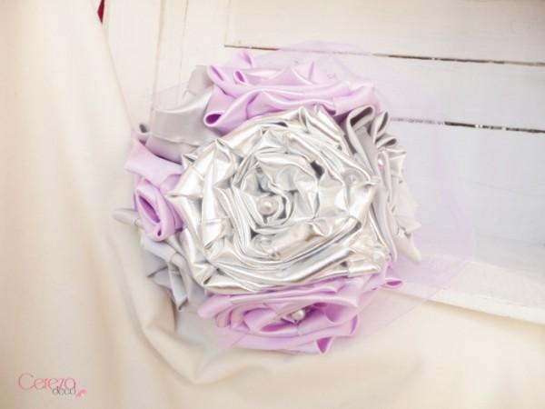 mariage parme argent gris mauboussin bouquet mariee tissu bijou original cereza deco 1