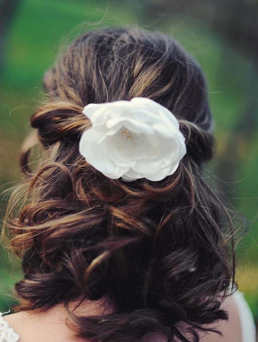 bijou de tete mariage ivoire dentelle floral cereza