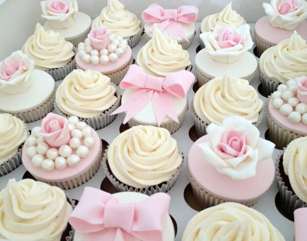 cupcake dessert mariage ivoire rose decores carnet inspiration Mademoiselle Cereza blog mariage