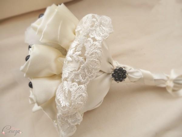 mariage rock n roll creation sur mesure bouquet bijou ivoire noir cereza 2