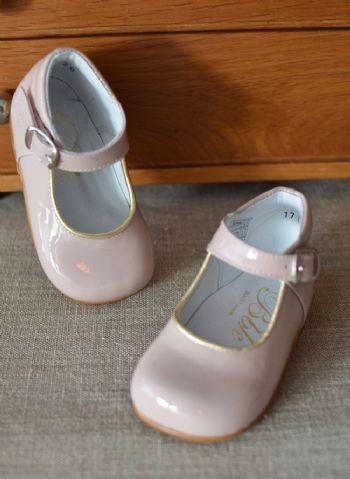 souliers tenue demoiselle honneur babies rose pale bbk Mademoiselle Cereza blog mariage