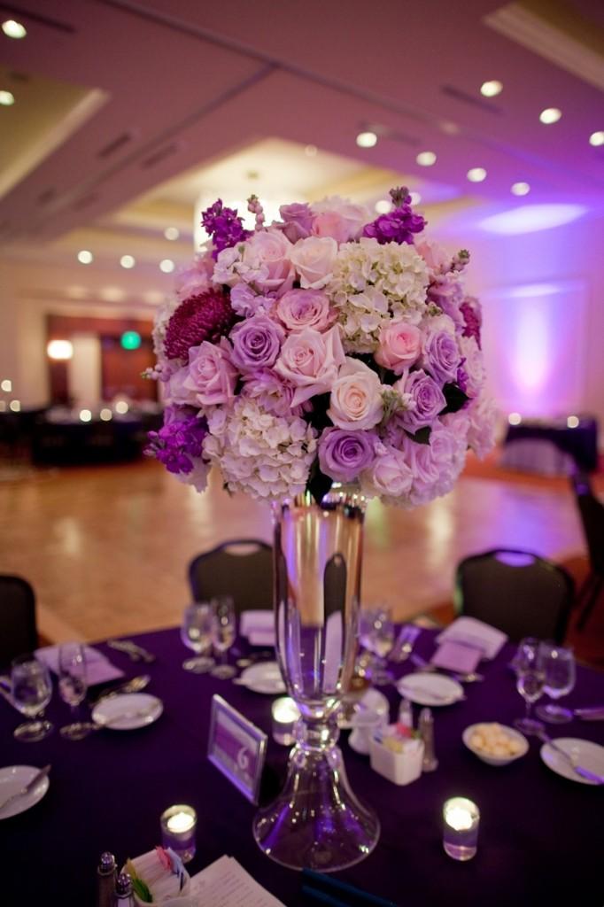 centre table haut mariage violet rose blanc Mademoiselle Cereza blog mariage