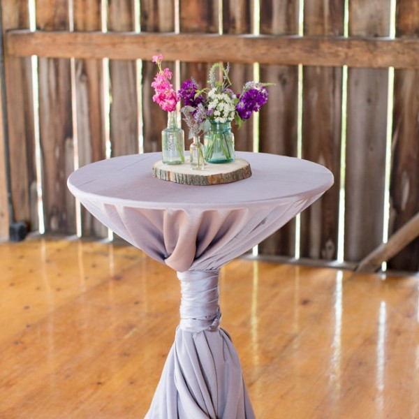idees mariage rose violet blanc decoration florale table cereza Mademoiselle Cereza blog mariage