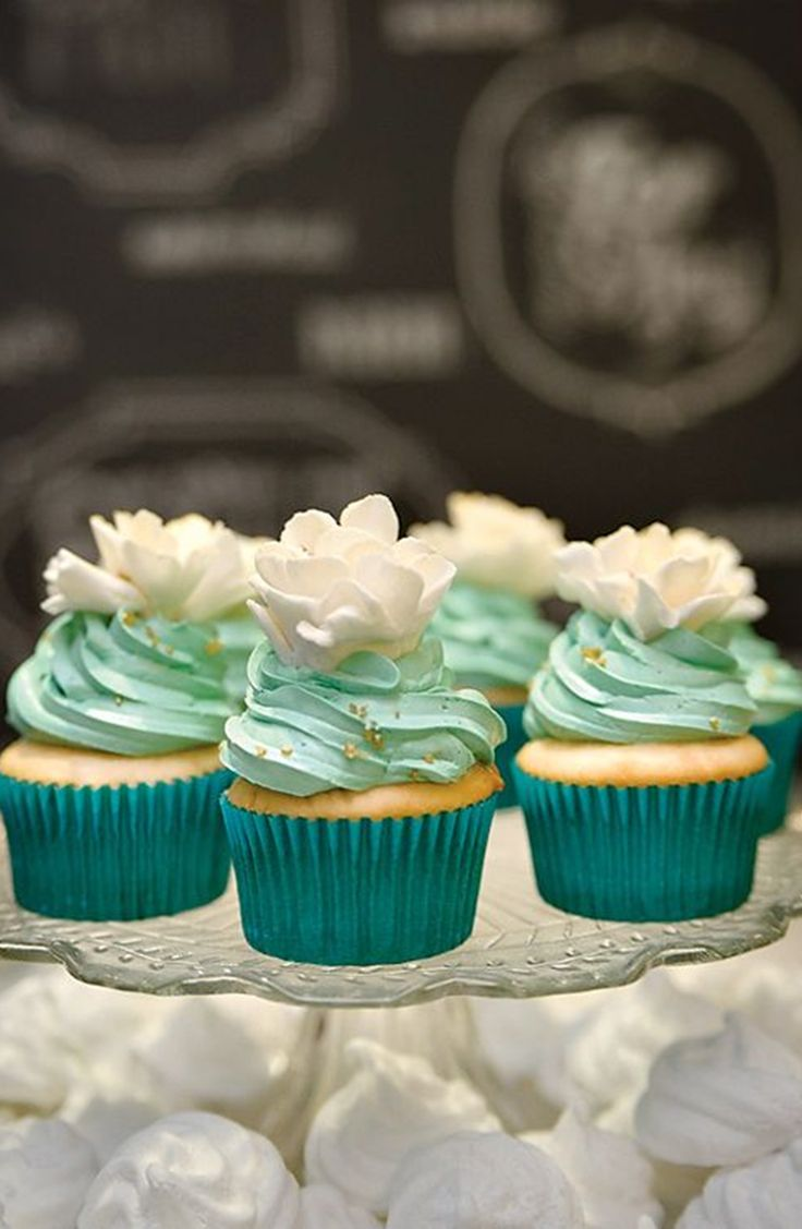 cupcake mariage turquoise blanc aqua