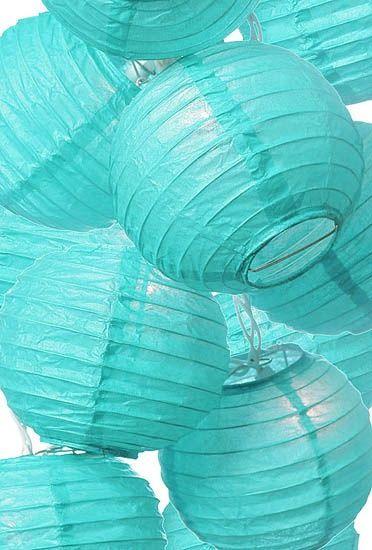 lanterne lampions turquoise idée déco salle mariage turquoise blanc