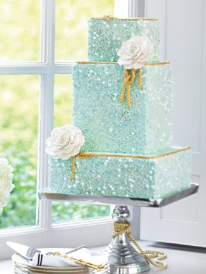 wedding cake perlé turquoise blanc or mariage idée