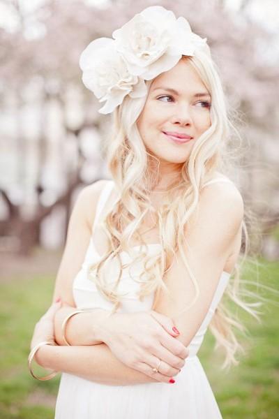 idées coiffure mariée cheveux longs boheme fleurs XL
