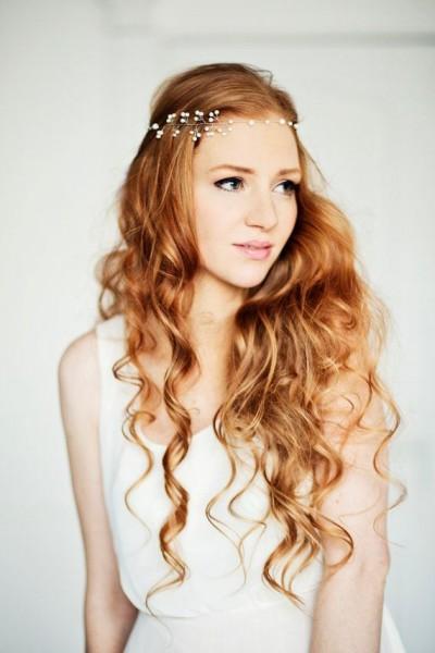 idée coiffure mariage headband couronne perlée 2