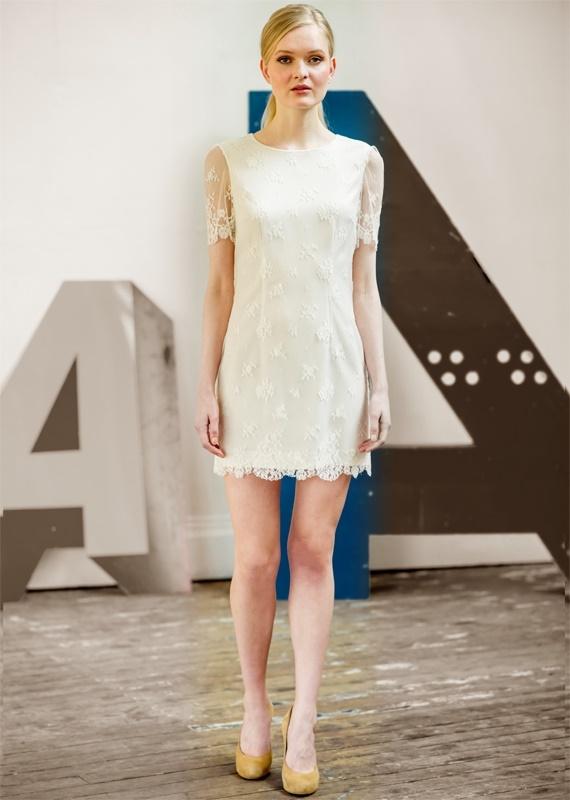 robe de mariée courte moderne stylée roma atelier anonyme b