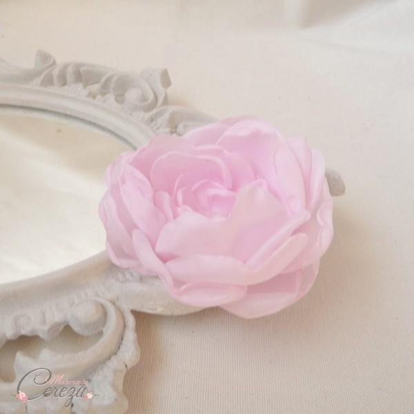 bijou de tête mariage fleur pivoine rose pâle cereza 1
