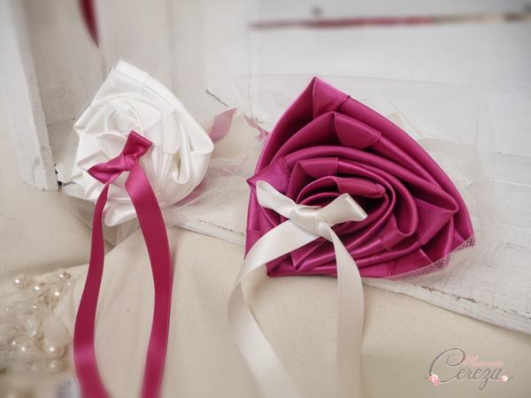 mariage ivoire rose fuchsia porte alliance duo fleurs cereza mademoiselle