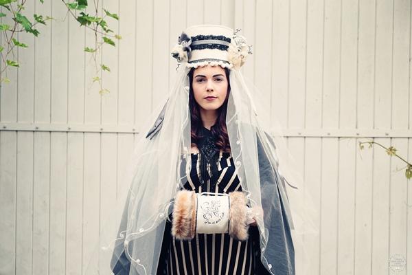 se marier en hiver accessoire mariee manchon boheme slave