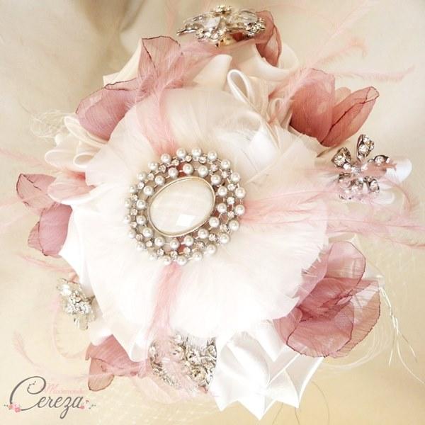 bouquet bijou broches mariee originale cereza mademoiselle vieux rose ivoire