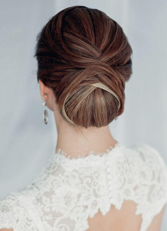coiffure mariée sophistiquée le chignon de mariage tendance coiffure blog mariage cereza mademoiselle
