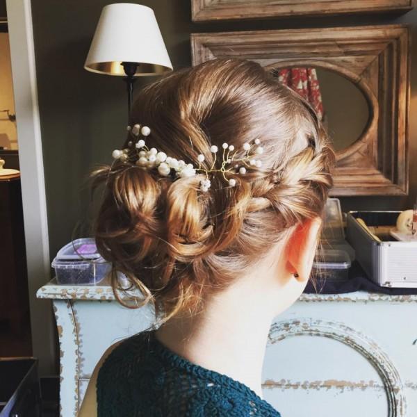 idée coiffure mariée chignon tressé bijou de tete