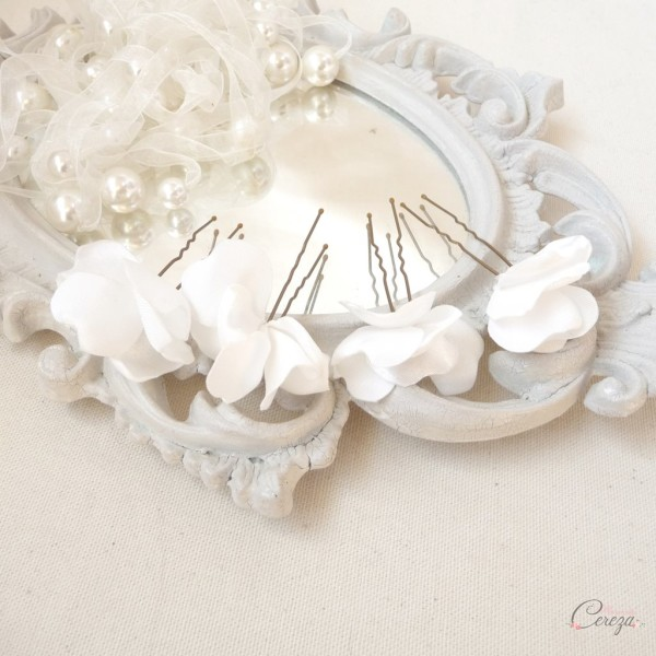pics chignon mariage fleur epure minimaliste chic blanc ivoire Melle Cereza 2