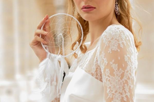 mariage bohème chic à Paris porte-alliances original dreamcatcher attrape reve Mademoiselle Cereza