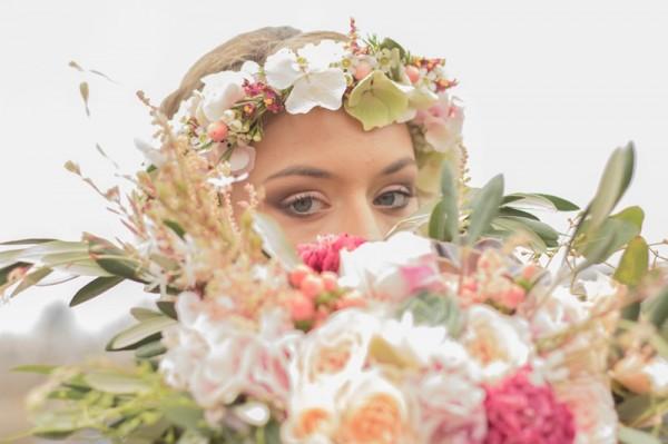 mariage-boheme-chic-paris-bijoux-accessoires-mariee-chic-personnalisables-sur-mesure-mademoiselle-cereza-photographe-mariage-anais-roguiez-robe-dos-nu-laurebgady-shooting-inspiratio-54