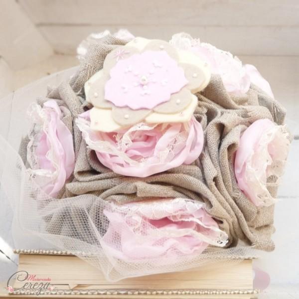 bouquet de mariage alternatif campagne chic lin dentelle perles