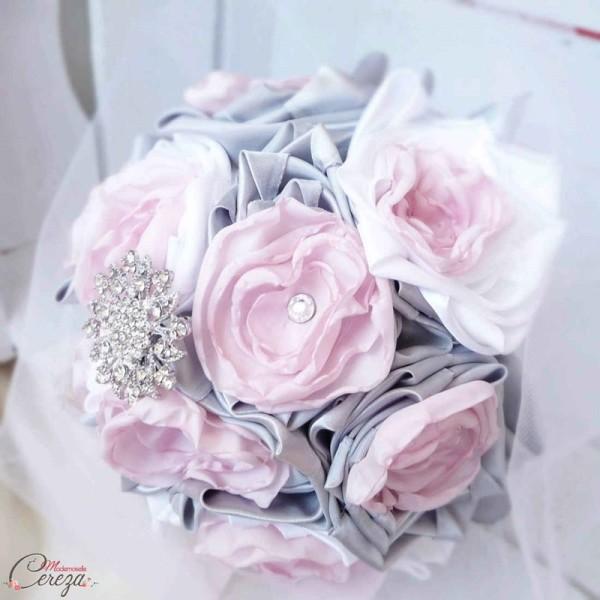 bouquet de mariage alternatif bijou personnalisable rose gris