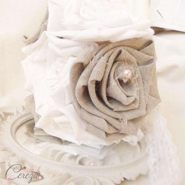 bouquet-mariage-original-bucolique-fleurs-lin-dentelle-perles-lilou-melle-cereza-deco