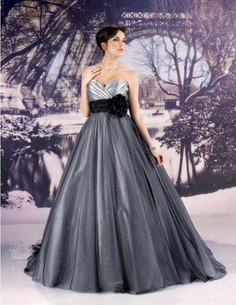 mariage rose gris noir robe de mariée baroque romantique