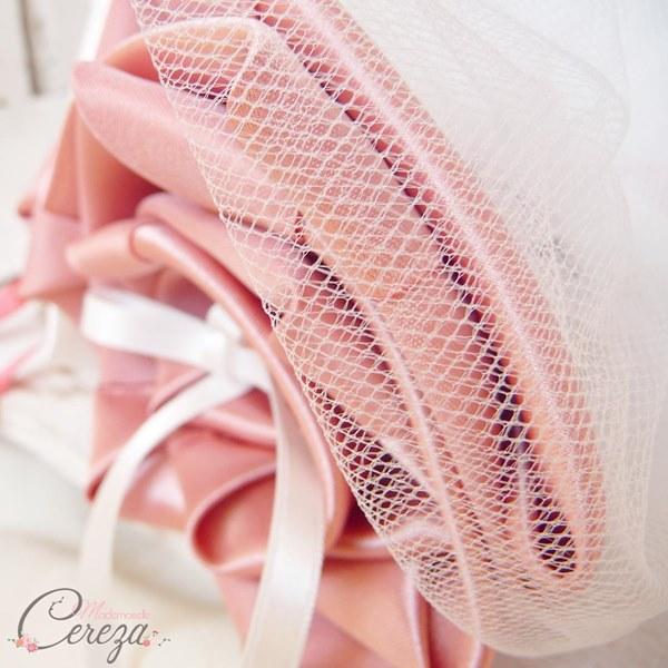 mariage vieux rose ivoire porte-alliances original bouquet