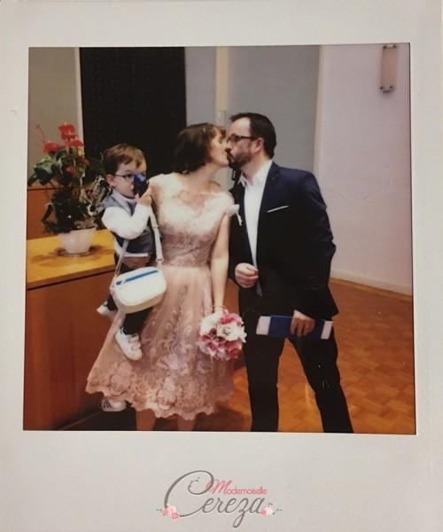 mariage intime non conventionnel rose pale bleu marine bouquet de mariée original Melle Cereza