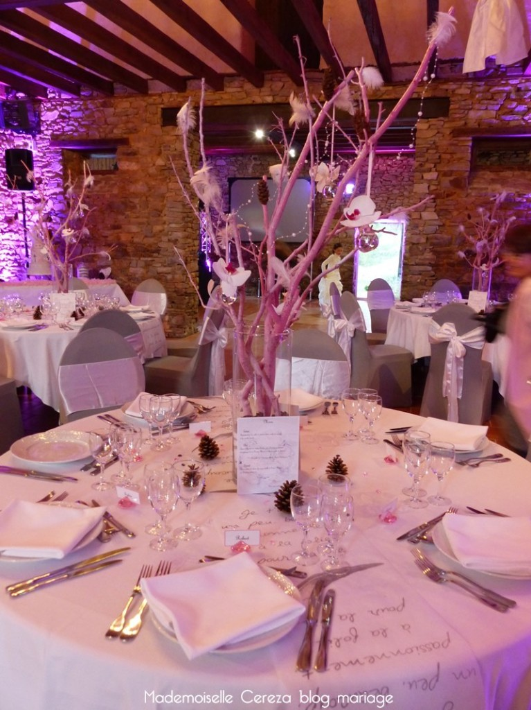 idée déco salle mariage rétro vintage chic romantique Melle Cereza blog mariage