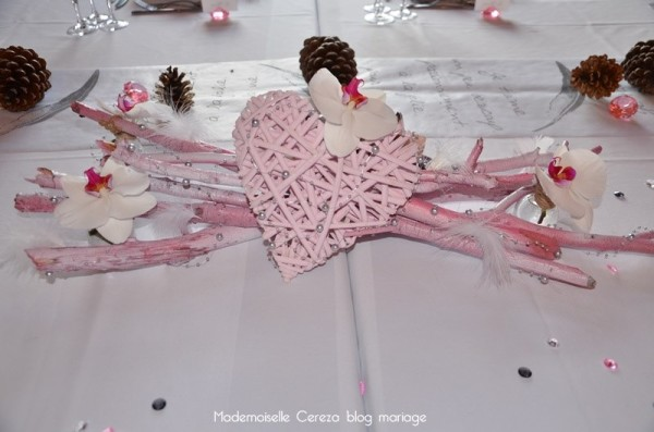 idee deco mariage retro romantique rose gris blanc centre table Melle Cereza blog mariage
