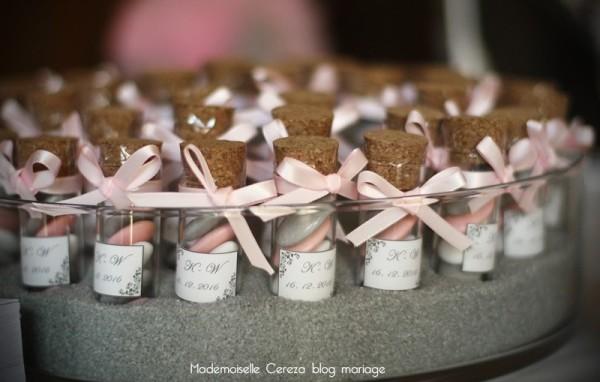 idee mariage presentation dragees vintage rose gris flacons Melle Cereza blog mariage