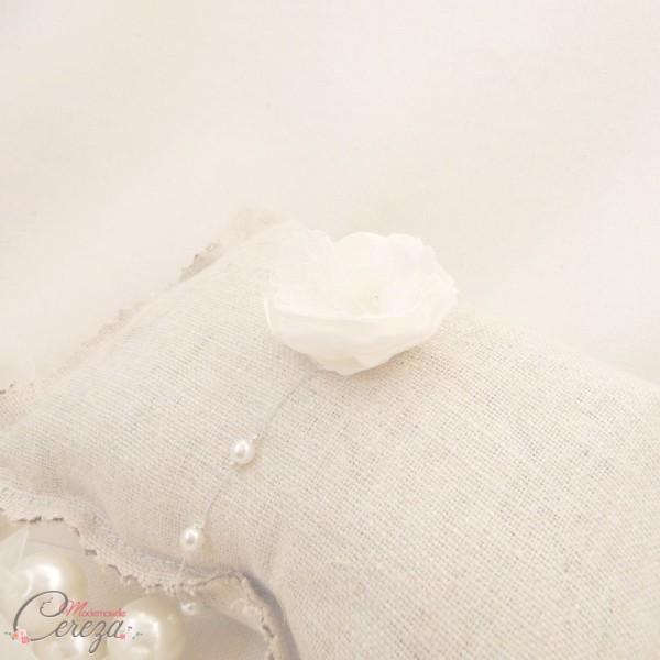 bijou fleur dentelle mariage champêtre chic Mademoiselle Cereza personnalisable