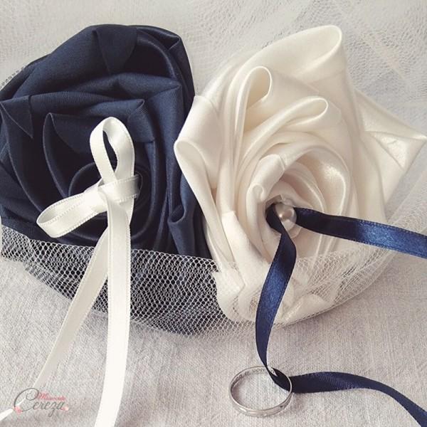 porte alliances Duo bleu marine ivoire mademoiselle cereza
